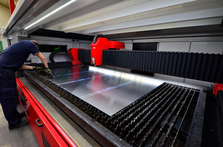 Corte Láser Metal Industria