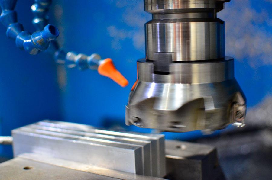 Tornado mecanizado Metal Industria